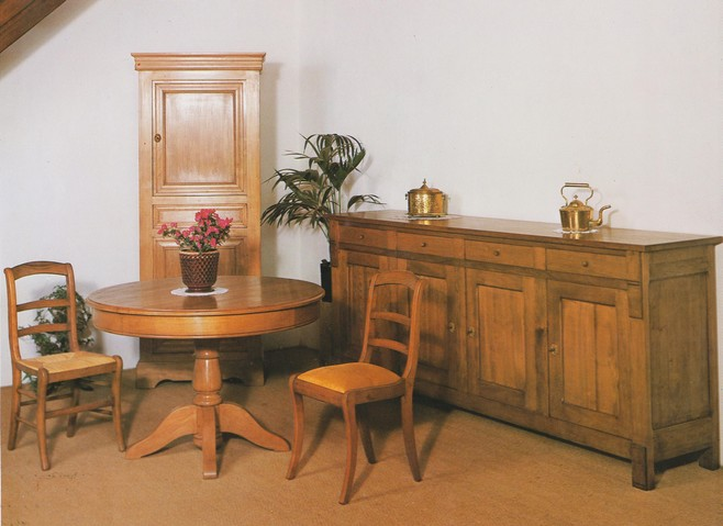 Salles manger jean jacques lataillade b niste chaisier for Salle a manger jean